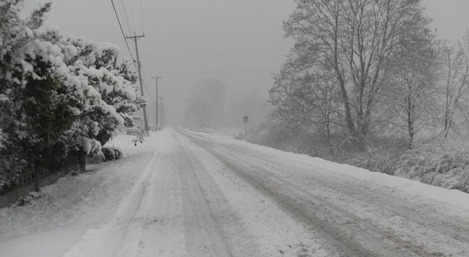 Snowstorms To Hit Two Corners Of US This Weekend