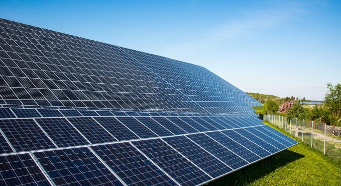 Morgan Stanley Downgrades Canadian Solar On Short-Term Pressures