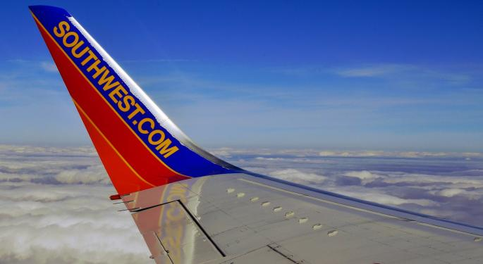 Raymond James Raises Southwest Airlines Price Target, With Cost Concerns Dispelled
