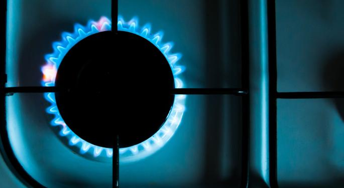 Natural Gas Prices Rise Amid Supply Concerns, Cold Weather Forecast