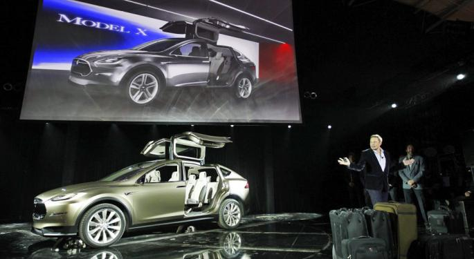 Ascendiant Capital Analyst Says Model X Only Risky Item In Tesla Earnings
