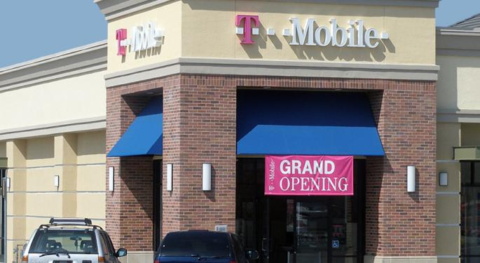 Raymond James On T-Mobile's Q4: Focus On The Carrier's 'Game Plan'