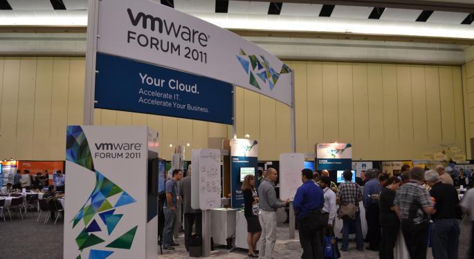 Smart Move: VMware Now Looking To Partner, Rather Than Compete, With The Public Cloud