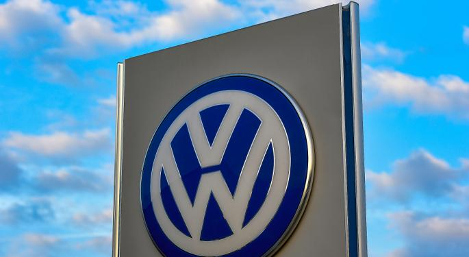 Volkswagen AG Could Recall 124,000 Electric And Hybrid Cars Due To Poisonous Cadmium Presence