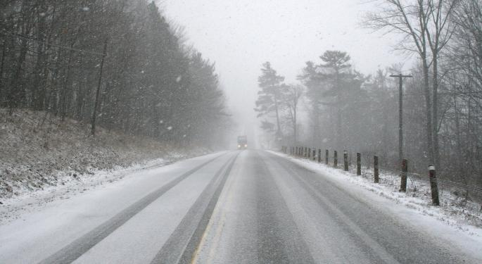 Record Veterans Day Snowfall Sends Midwest Traffic To Screeching Halt