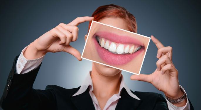 Cramer Talks Thursday's SmileDirectClub IPO, Gives Buying Advice