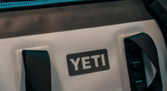 Bullish Raymond James Appreciates Yeti's 'Impressive' Earnings Pre-Announcement