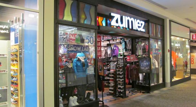 Zumiez Zooms On Guidance Bump, Sales Growth