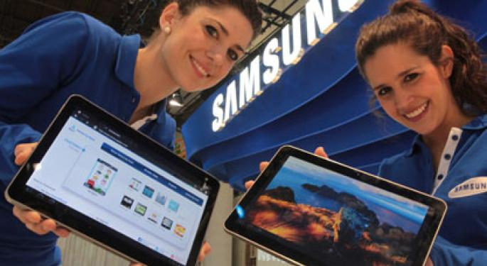 Why Are Thousands of Consumers Dumping Samsung?